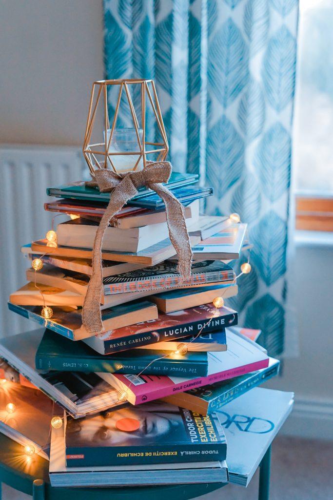 Boekenkast organiseren oud en nieuw